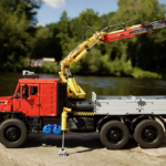 [MOC] Mercedes Zetros 2733 – 6×6 – with Loader Crane – Full RC